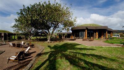 Isla de Pascua con Hotel Hanga Roa Eco Village & Spa con Latam