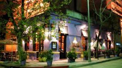 Montevideo -  Noche  y Cena en Restaurante Francis - Turismo Nacional