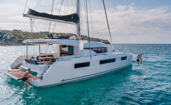 Catamaran o Velero por Croacia - Islas de Dalmacia Central